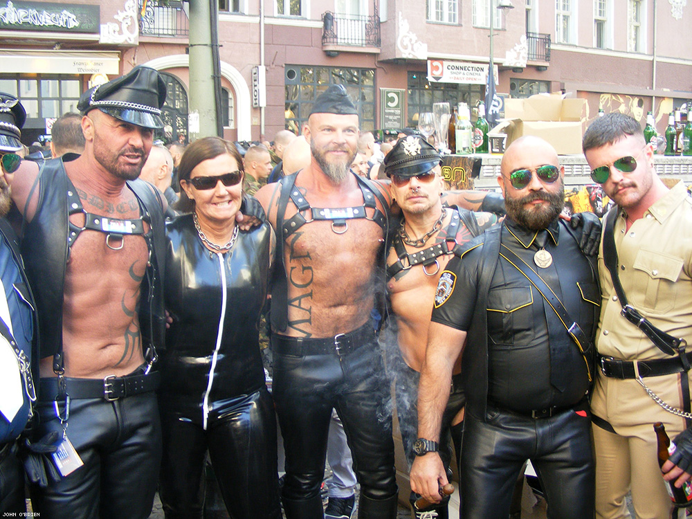 50 Pics From the Biggest Fetish Street Fair In Europe