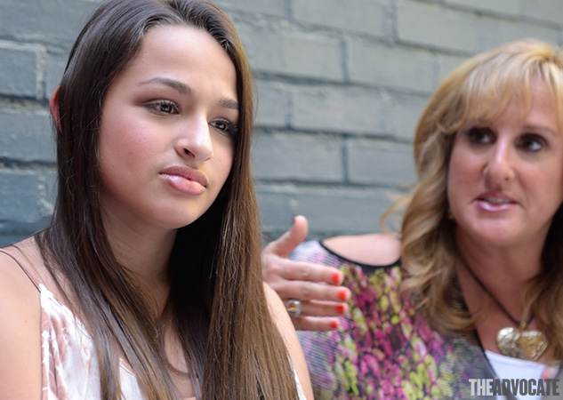 Jazz Jennings With Mom X633 0