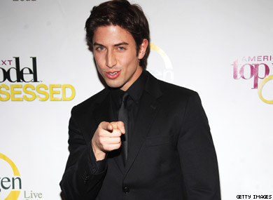 Broadway's Nick Adams vs. New York Bar