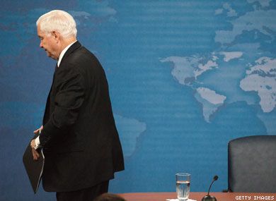 Robert Gates to Retire in 2011