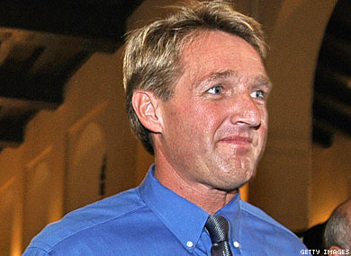 Congressman Flake Sorry for Saying Pansy