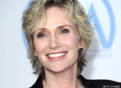 Jane Lynch Doubts Lead Roles for Gay Actors