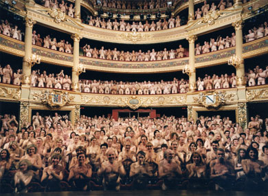 Spencer Tunick Heads Down Under