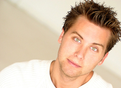 Lance Bass Sponsors Gay Friendly Prom