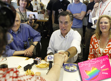 Best Tweet Ever: Mitt Romney Loves the Ladies