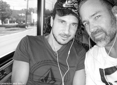 Settlement Reached in Case of Gay Couple Told to Move to Back of Bus