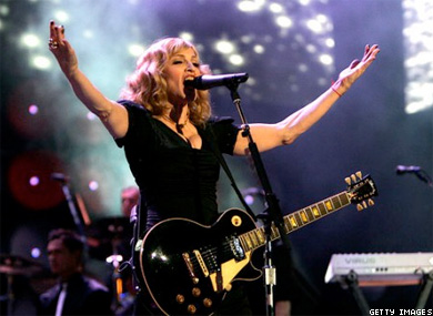 St. Petersburg Official: Madonna Will Be Fined for Propaganda