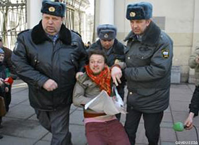 Two Men Arrested After Protesting St. Petersburg's Antigay Law