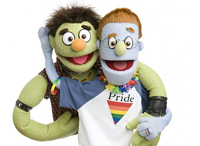 Gay  Puppets to Wed in NYC Sunday