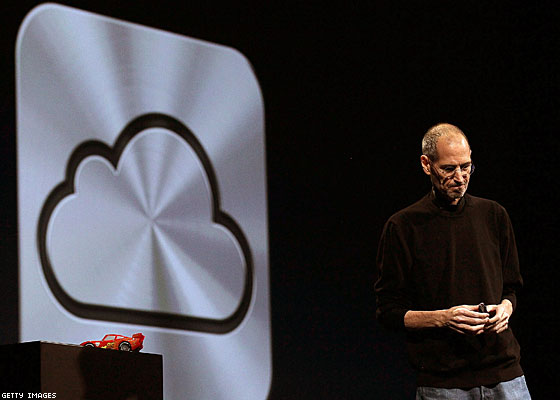 Steve Jobs, Visionary of Apple, Has Died; Share Your Memories