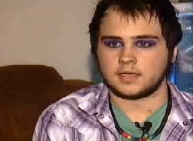 Gay Teen Suspended for Wearing Makeup