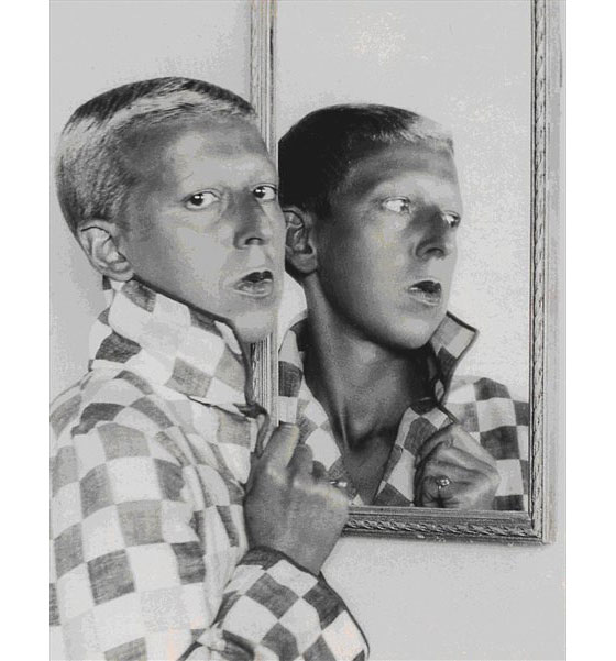 A Message from Claude Cahun Revisited