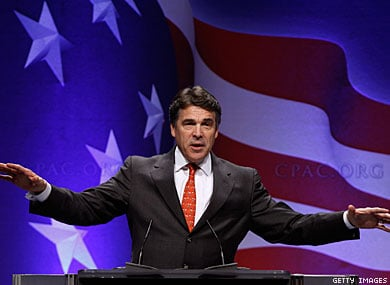 Perry Cracks Gay Jokes About Romney and Santorum