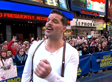 "WATCH: Ricky Martin Performs ""High Flying Adored"""