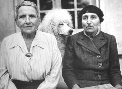 Work Offers New Perspective on Stein-Toklas Relationship