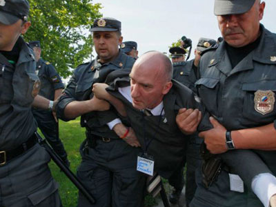 Eight Gay Activists Arrested in St. Petersburg