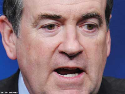 Mike Huckabee Equates Gay Scout Leaders With Child Molesters