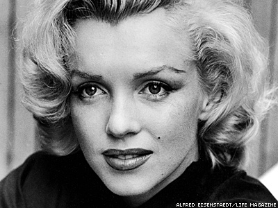 4 Ways to Honor 50th Anniversary of Marilyn Monroe's Death Today