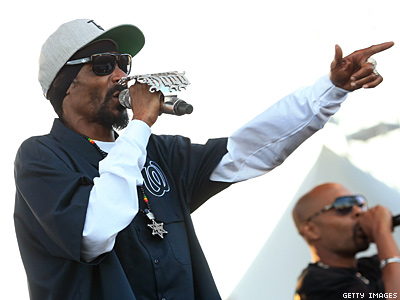 Snoop Says Hip Hop Is Ready For a Gay Rapper