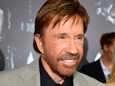 Chuck Norris Warns Obama Reelection Will Plunge U.S. Into '1,000 Years of Darkness'