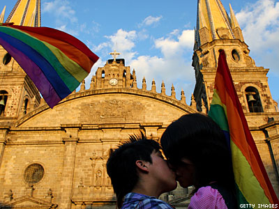 Mexico Supreme Court Strikes Down Marriage Ban