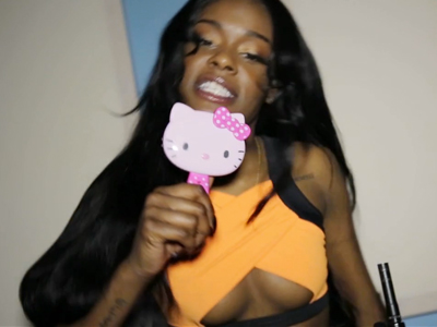 Azealia Banks Promotes New Video, Suddenly Can't Stop Using Antigay Slur