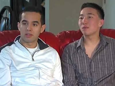 Kiss-in Planned After Affectionate Gay Couple Kicked Out of Mall