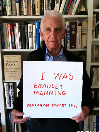 Pentagon Papers Whistleblower Supports Bradley Manning