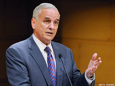 Minnesota Gov. Signs Marriage Equality Into Law