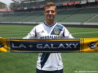 Robbie Rogers Becomes First Openly Gay Major League Soccer Player