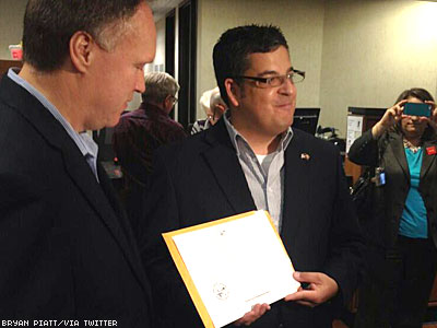 First Gay Couple Issued Marriage License in Minnesota