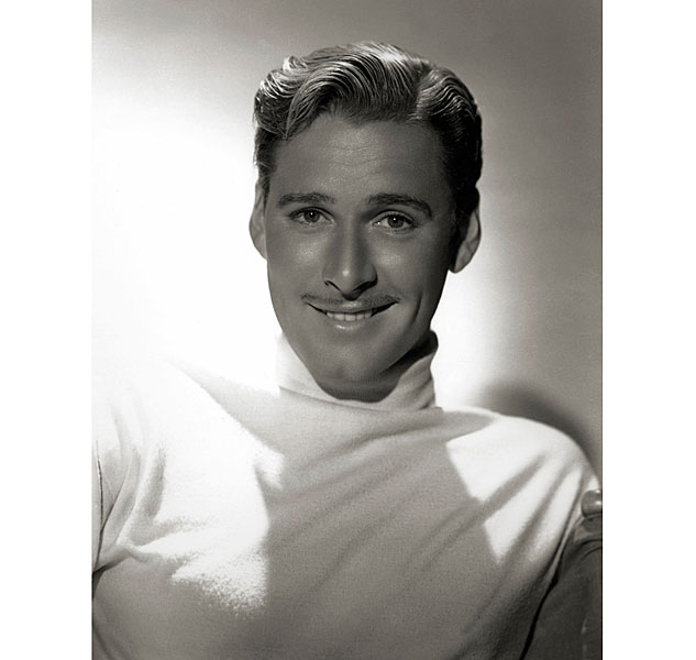 07 Errol Flynn By Hurrell 1939x633 0
