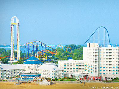 Amusement Park Cancels Wedding Contest Rather Than Include Gay Couple