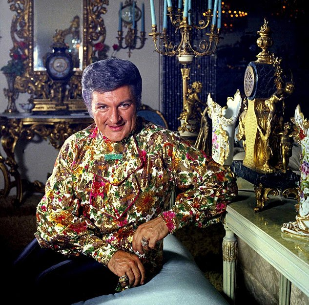 Liberace Colour Allan Warrenx633 0