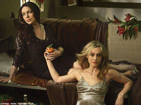 Taylor schilling and laura prepon hookup