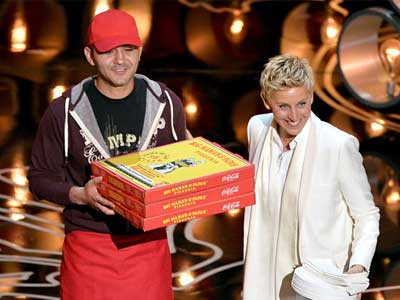 Guess How Much the Oscars Pizza Guy Got Tipped