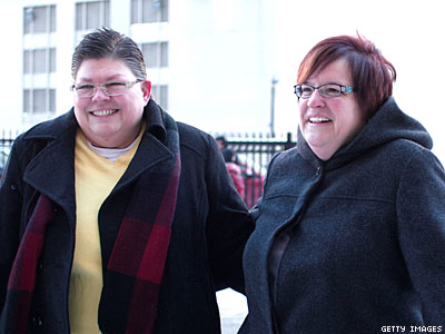 Michigan: Federal Judge Strikes Down Marriage Ban