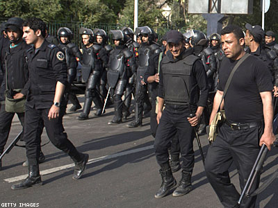 Egypt: Cops Crack Down on Gays, Raid Homes