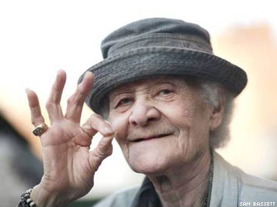 Stonewall Veteran, Drag King Icon Stormé DeLarverie Dies At 93