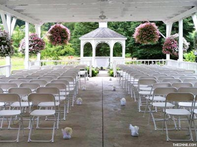 Pa.: Still Legal to Discriminate, Venue Rejects Lesbian Wedding