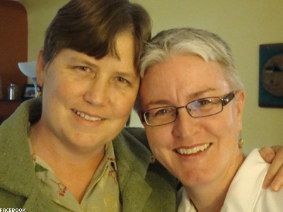 Federal Judge Strikes Down Colo. Marriage Ban