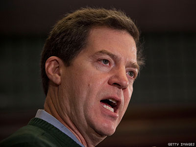 Amid Nuptials, Gov. Tries to Delay Kansas Marriage Equality