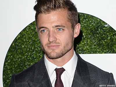 Who Was the First Person Robbie Rogers Came Out To?