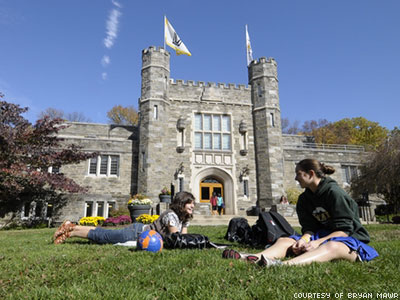 Bryn Mawr Becomes Fourth U.S. Women's College to Accept Transgender Students