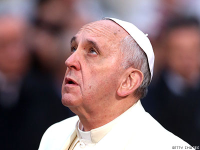 Pope Francis Admires 'Masterpiece' of Man-Woman Marriage