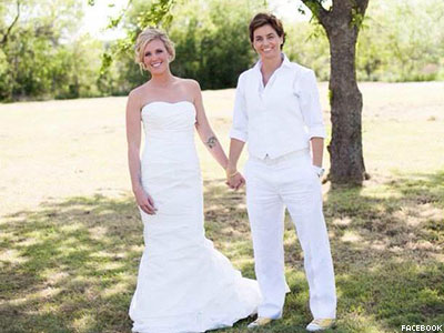 Same-Sex Couples Push for Change to Texas Birth Certificates