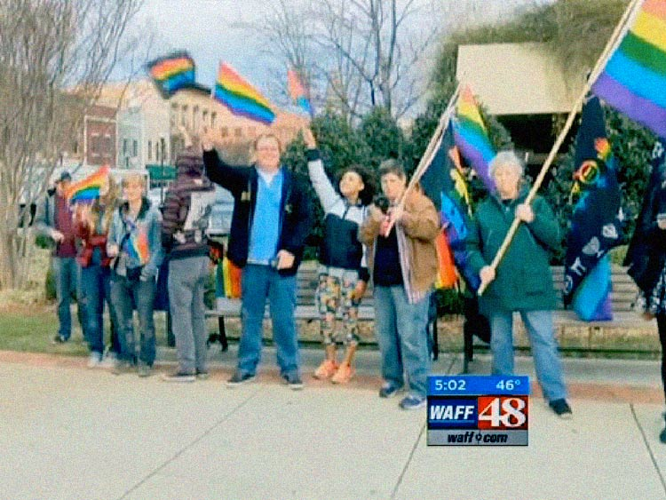 alabama-protesters-demonstrate-against-roy-moorex750