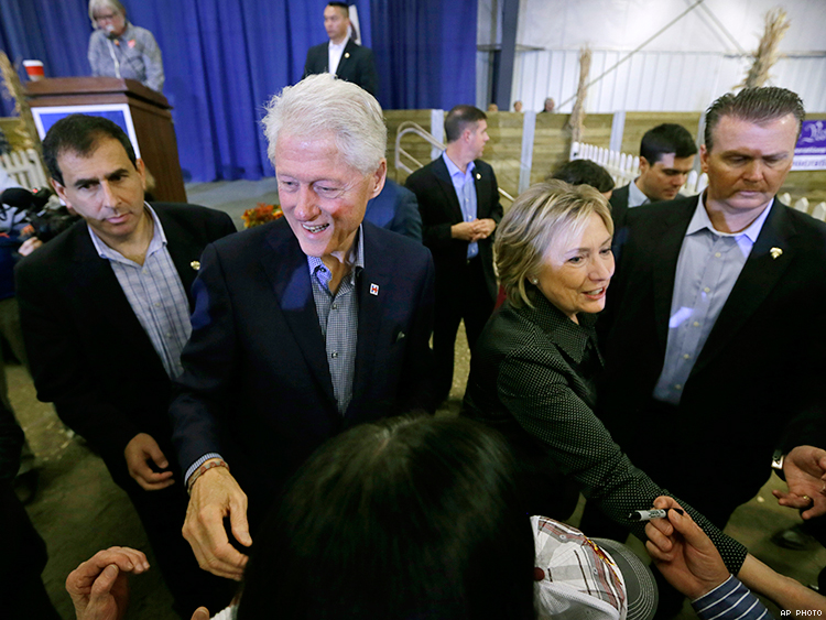 Bill and Hillary Clinton on the campaign trail