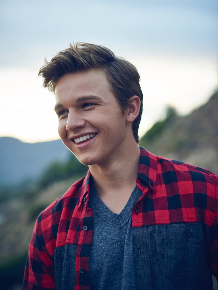 The Fosters Gavin Macintosh Has Your Back Advocate Com
