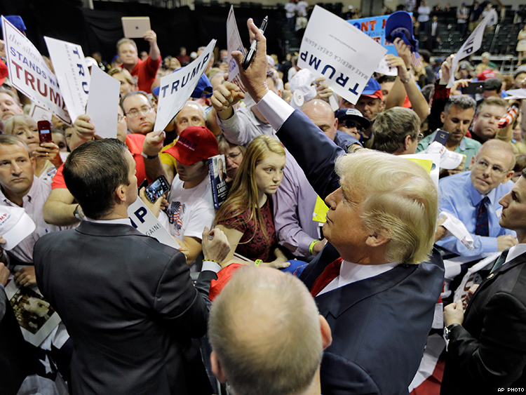 One-Third of South Carolina Trump Supporters Would Bar Gay Immigrants ...: www.advocate.com/election/2016/2/16/one-third-south-carolina-trump...